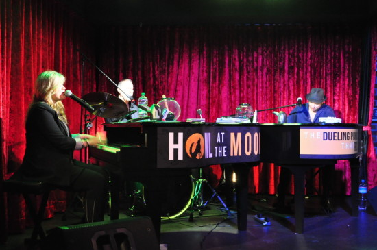 Pianobar Howl at the Moon