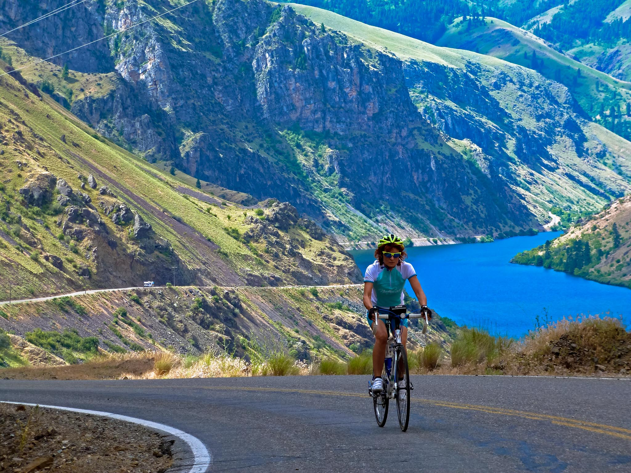 Biking Hells Canyon