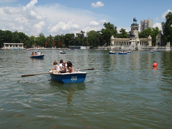 El-Retiro-Park-Spain-made-for-You