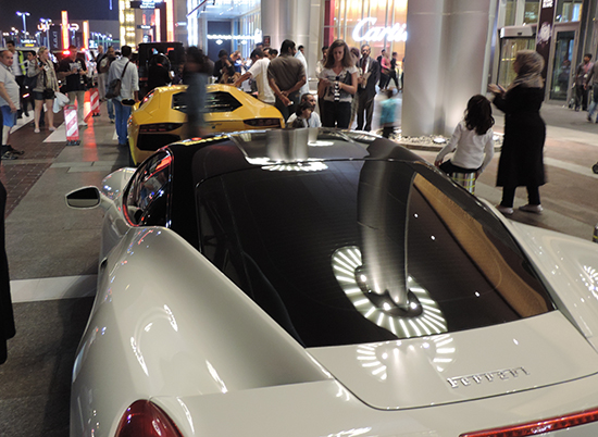 Ferrari's voor The Dubai Mall.