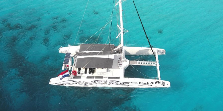 Klein Curacao catamaran Black & White