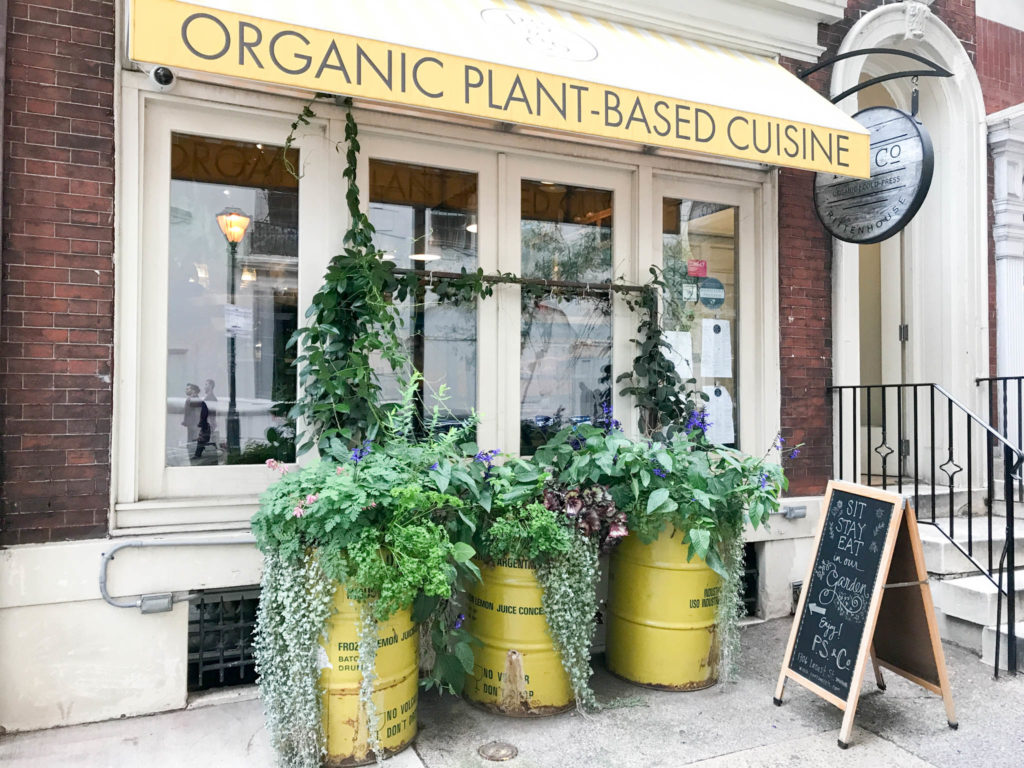 Vegan restaurant P.S. & Co