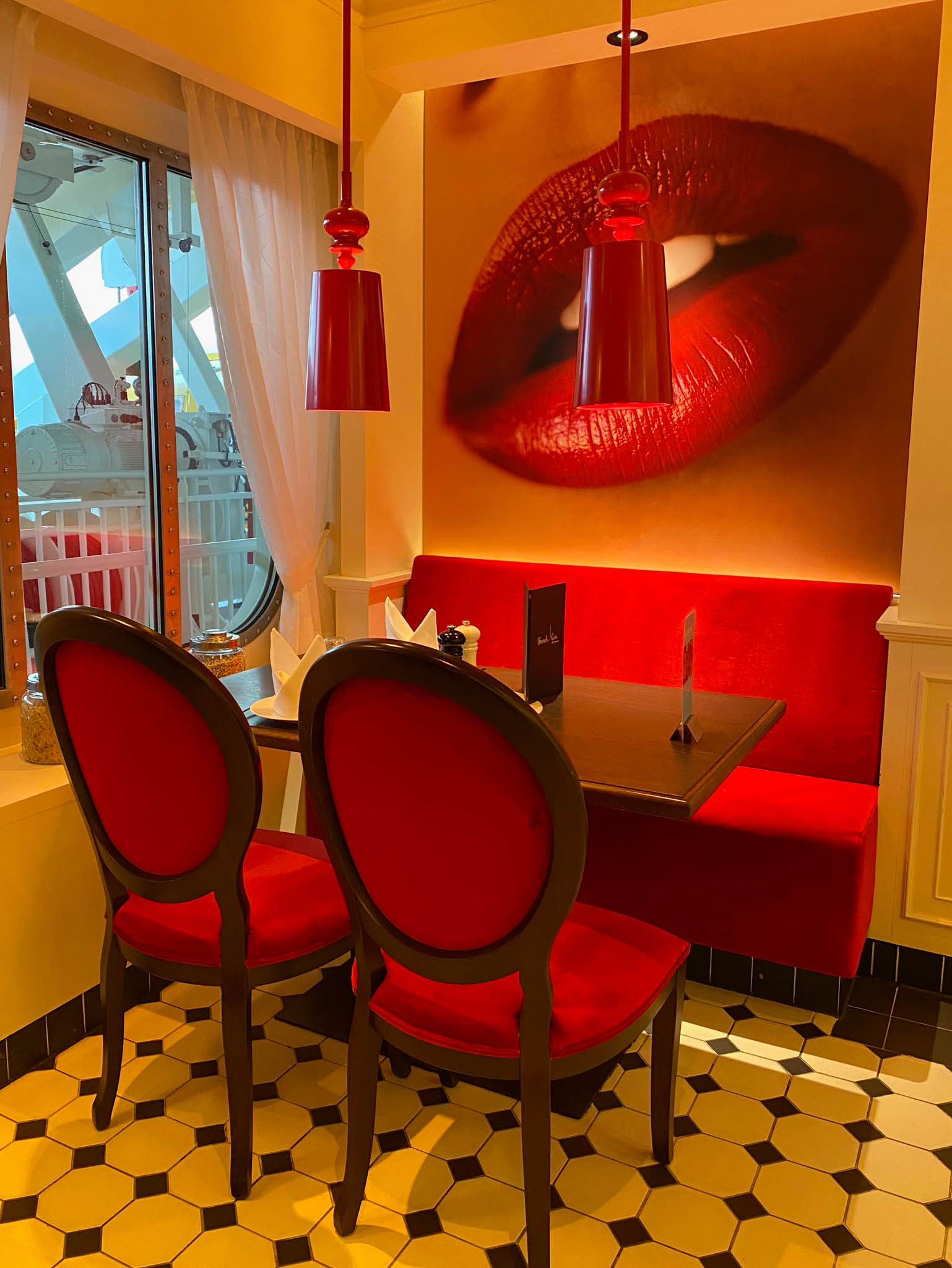 Restaurant French Kiss